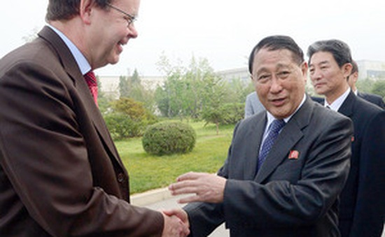 Bí thư phụ trách đối ngoại Triều Tiên công du châu Âu