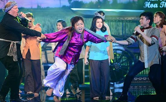 """Liveshow Dấu ấn: Đan Trường cùng chàng Tây """"quậy"""" tung sân khấu"""