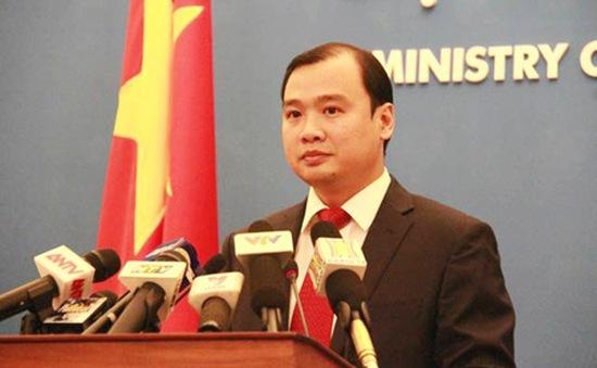 Phản đối Trung Quốc cải tạo phi pháp trên bãi Chữ Thập