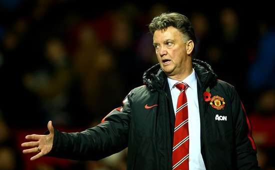 "Louis van Gaal thừa nhận vẫn ""loay hoay"" xây dựng Man Utd"