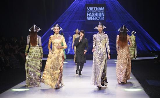 Đêm bế mạc ấn tượng của tuần lễ thời trang quốc tế Việt Nam