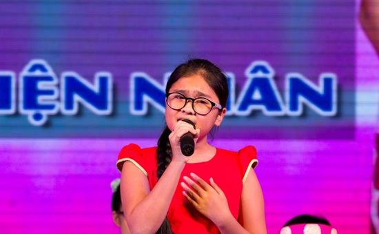 Quán quân Giọng hát Việt nhí ra mắt album đầu tay