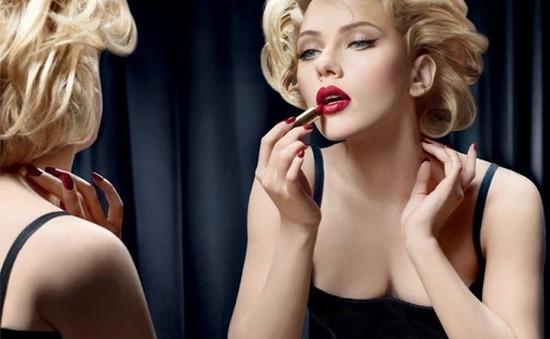 Những bí quyết để sở hữu đôi môi đỏ hoàn hảo
