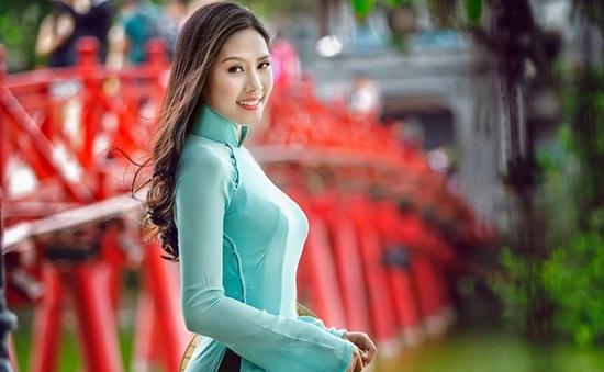 """Nguyễn Thị Loan hóa giải """"lời nguyền"""" của nhan sắc Việt tại Miss World?"""