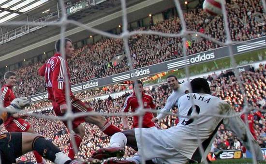 Những bàn thắng phút chót kinh điển của Man Utd (P2)