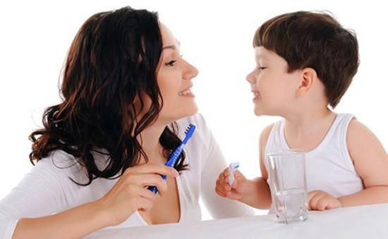 Có cần chăm sóc răng sữa cho trẻ?