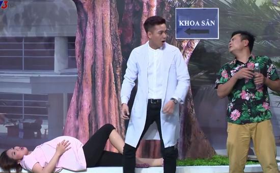 Ngô Kiến Huy hoảng hốt đỡ đẻ trên sân khấu