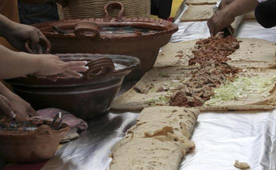 Bánh kẹp truyền thống Mexico phá kỷ lục Guinness