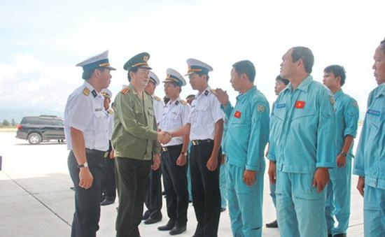 Bộ trưởng Công an Trần Đại Quang thăm Vùng 4 Hải quân