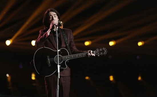 Ca sỹ gốc Việt lọt Top 5 The Voice Mỹ