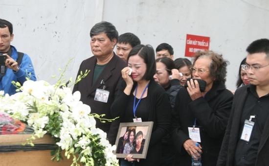 Thi hài 3 nạn nhân người Việt trong vụ MH17 về đến Hà Nội