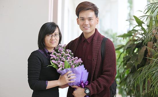 """Trò chuyện trực tuyến với ca sĩ """"hot boy"""" Nguyễn Trần Trung Quân"""