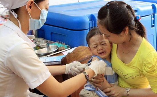 Lai Châu:Kỷ luật cán bộ vụ bé gái tử vong sau tiêm phòng lao