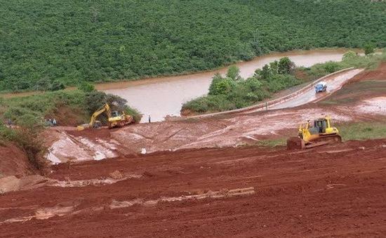 Vỡ đê hồ thải quặng bauxite-nhôm: Nước tràn ra không chứa hóa chất