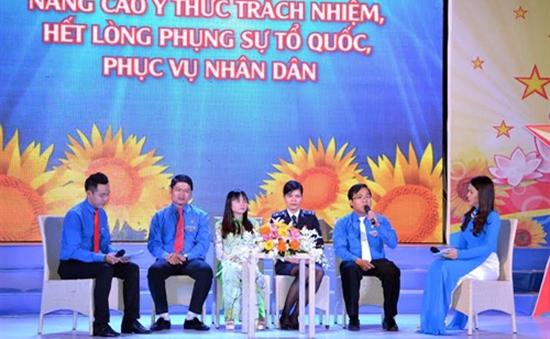 TP.HCM tuyên dương cán bộ, công chức, viên chức trẻ, giỏi, thân thiện năm 2015