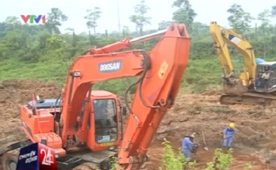 Đường ống nước Sông Đà vỡ lần 12, nhiều quận ngày mai (26/7) mới có nước