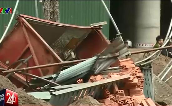 Thang máy rơi từ độ cao 70m, 2 người tử vong tại Hà Nội
