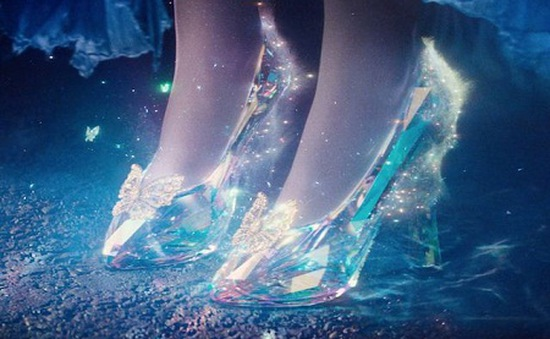 Đôi giày trăm triệu bước ra từ truyện cổ tích