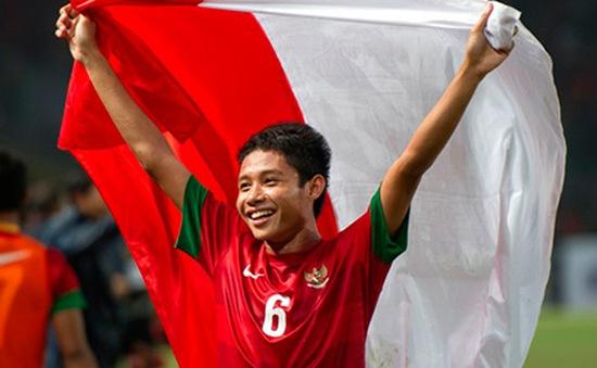 Thần đồng Indonesia sắp cập bến kình địch của Barcelona