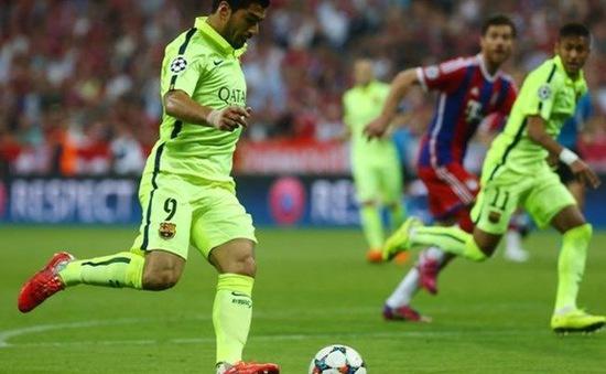 Tin chiều 15/05: Suarez chấn thương gân khoeo, Gerrard kêu gọi The Kop mua tiền đạo