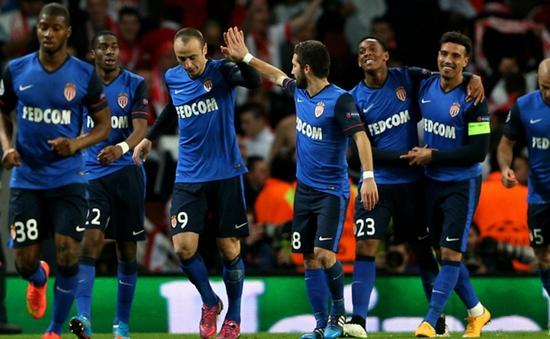 Berbatov: Monaco khao khát chiến thắng hơn Arsenal