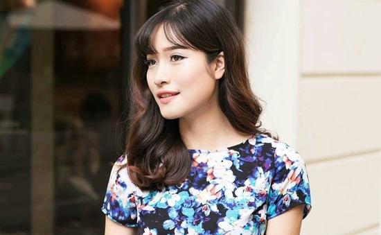 MC Mai Trang: Thời trang của tôi chỉ có hai gam màu đen, trắng