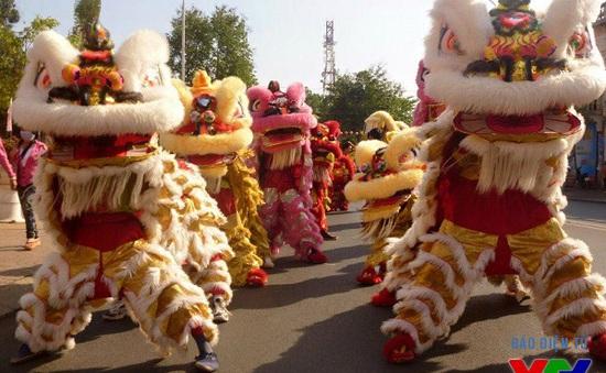 Rộn ràng múa Lân dịp Tết Trung thu tại Hà Nội