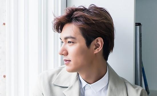 Lee Min Ho được khen hết lời vì cử chỉ ấm áp dành cho fan