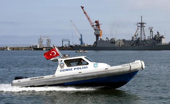 Thổ Nhĩ Kỳ bắt 4 tàu Nga, đáp trả hành động của Moskva