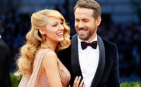 Ryan Reynolds: Vợ tôi giống như Beyonce của thảm đỏ