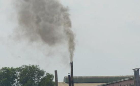 Hàng trăm hộ dân tại TP.HCM khổ sở vì khói thải nhà máy
