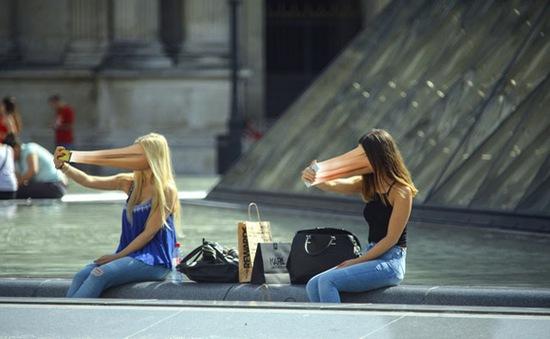 Con người đang ngày càng 'dán mặt' vào màn hình smartphone