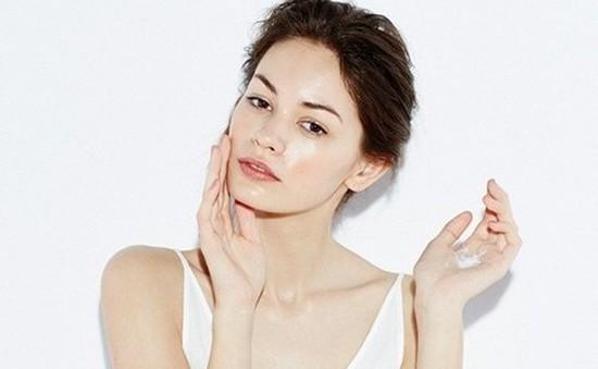 Tự chế nước xông mặt tại nhà để thải độc cho da chỉ trong 10 phút