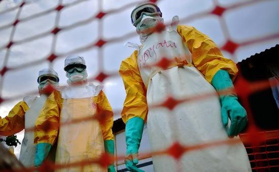 Sierra Leone đóng cửa quốc gia để đối phó với Ebola