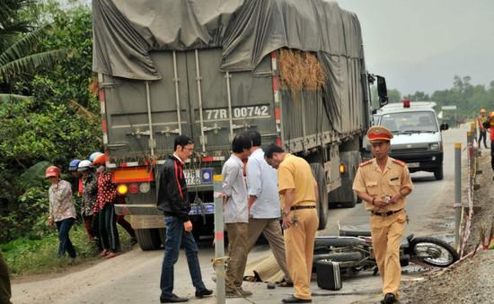 Hà Tĩnh: Ô tô va chạm xe máy, hai vợ chồng thương vong