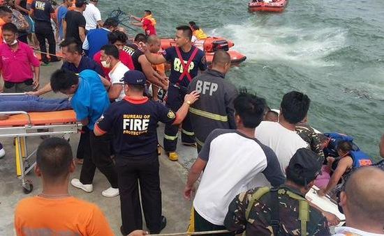 Lật phà kinh hoàng tại Philippines, ít nhất 33 người thiệt mạng