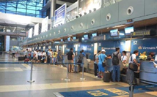 Cấm bay vĩnh viễn hành khách gây náo loạn ở cảng hàng không