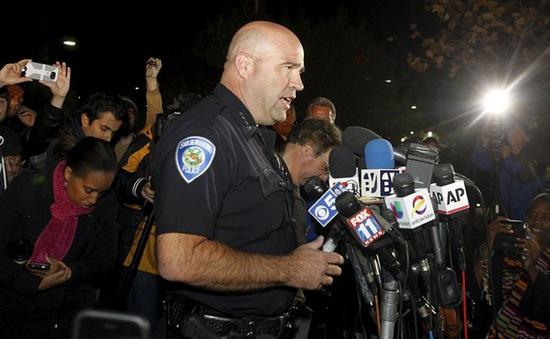 Xác định danh tính 2 nghi phạm vụ xả súng tại Mỹ