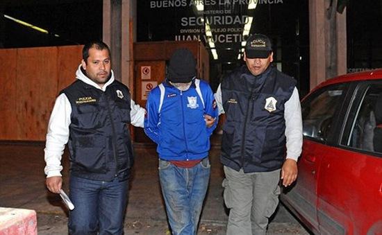 Argentina bắt người đàn ông nhốt vợ con trong 6 năm