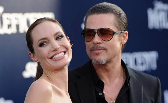 Angelina Jolie: Đóng cảnh nóng với Brad Pitt khá kỳ cục