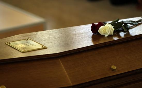 Già hóa dân số, ngành dịch vụ tang lễ tại Pháp 'hốt bạc'