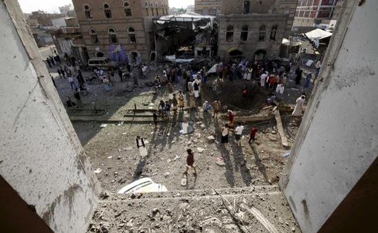 Yemen: Lực lượng liên quân không kích thủ đô Sanaa, 30 người thiệt mạng