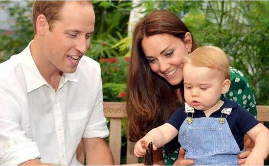 Hoàng tử William vui mừng vì có con gái