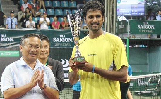 Saketh Myneni vô địch giải quần vợt Challenger Vietnam Open 2015