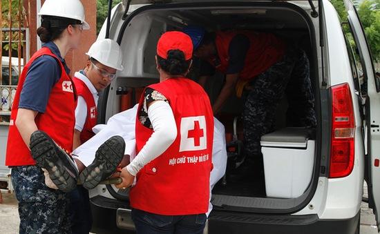 Việt Nam và Hoa Kỳ diễn tập thảm họa y tế trên biển