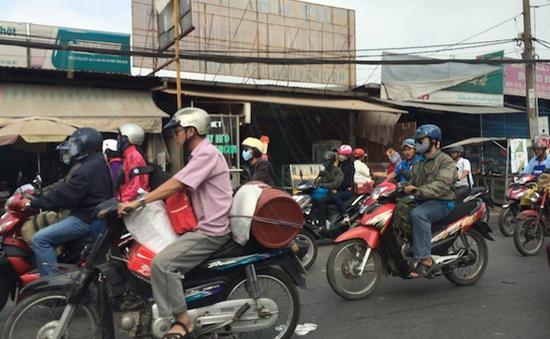 Giải tỏa ùn tắc giao thông tại cửa ngõ TP. HCM