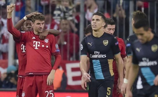 Bayern 5-1 Arsenal: Thảm họa Munich!