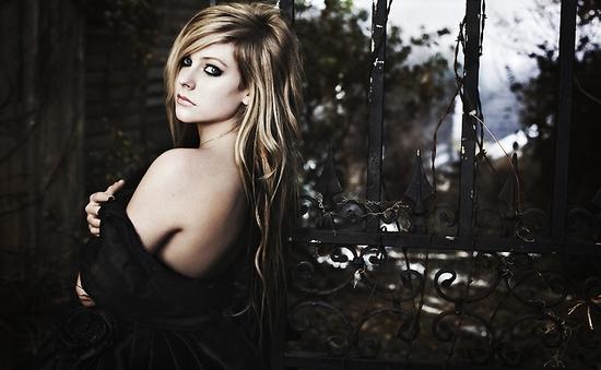 Avril Lavigne muốn lấn sân sang ngành công nghiệp phim