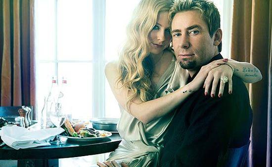 Trước ly hôn, chồng Avril Lavigne tiệc tùng với chân dài khác