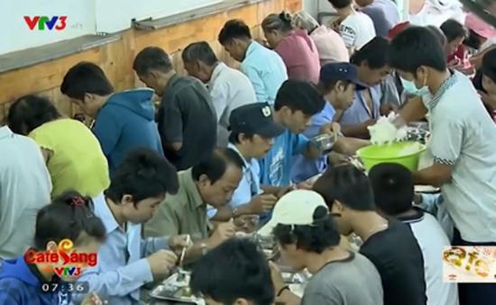 Quán cơm 2.000 đồng dành cho người nghèo tại TP.Hồ Chí Minh